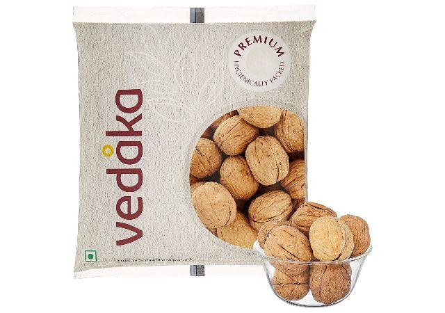 Amazon Brand - Vedaka Inshell Walnuts, 250g