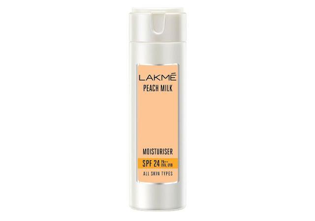 Lakme Peach Milk Moisturizer SPF 24 PA++ Sunscreen Lotion, Lightweight, Locks Moisture For 12 Hours With Sun Protection, 120 ml
